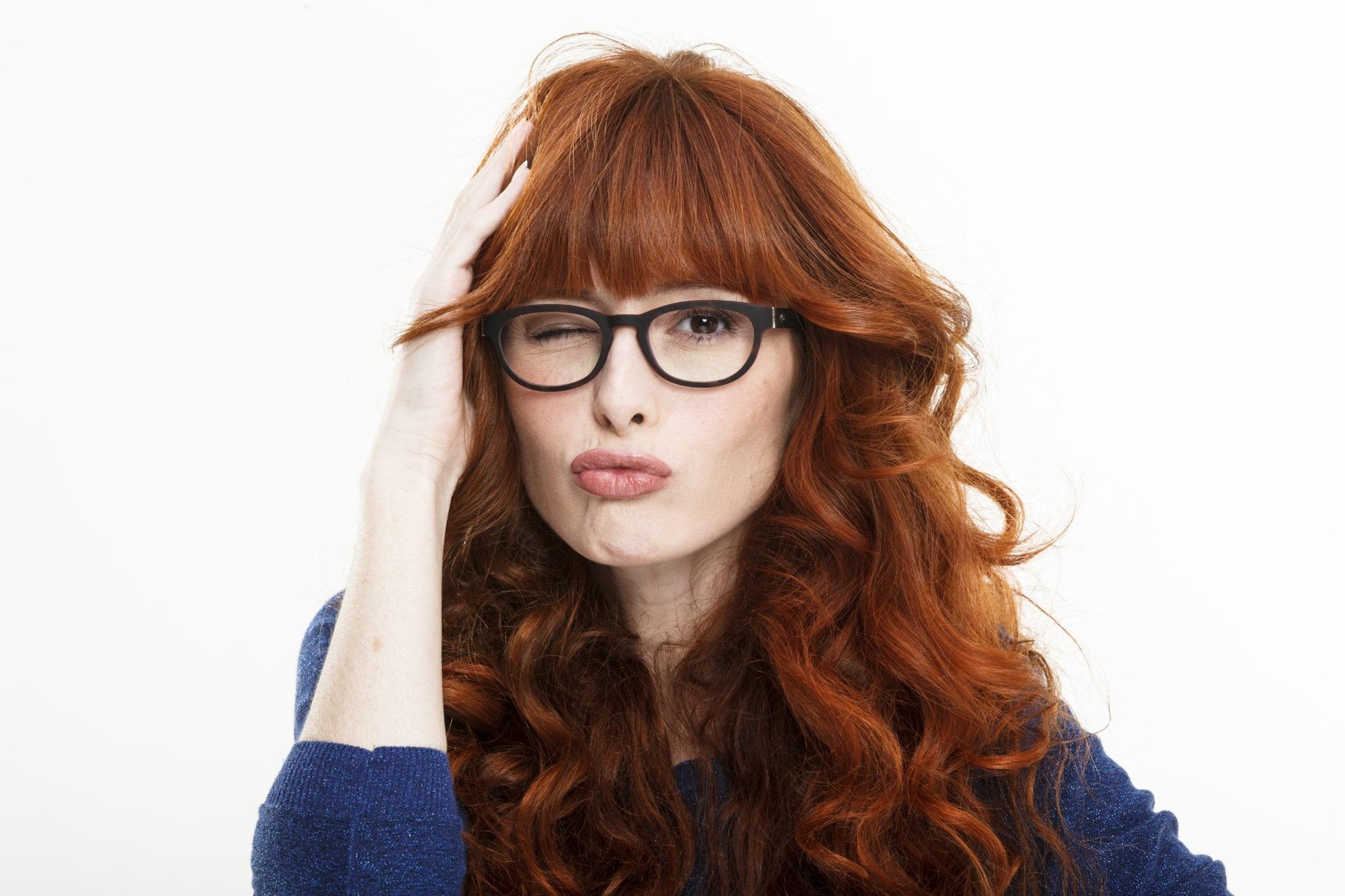 b47b2777fd Un tipo de gafa para cada peinado - Voilà by Afflelou – Blog de  oftalmología de Alain Afflelou