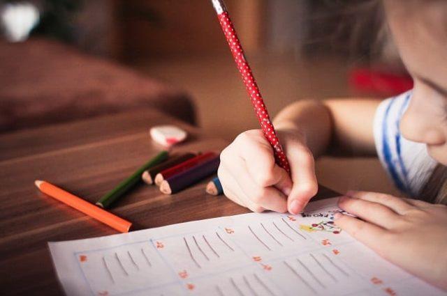 10 indicios que alertan de posibles problemas de visión en clase