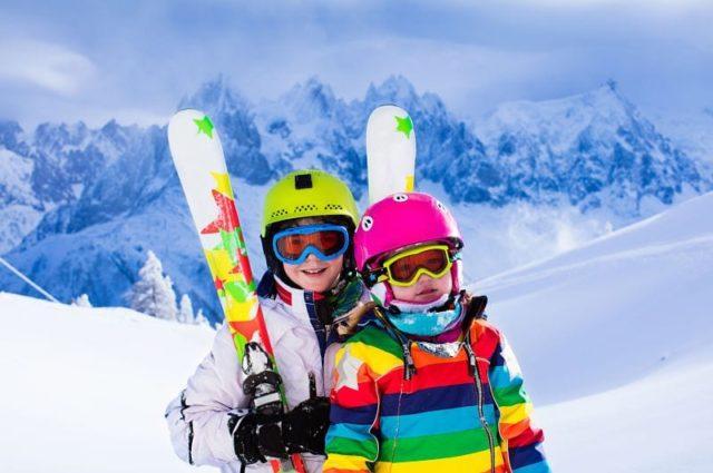 Esquí en familia: Protege la vista de tus hijos