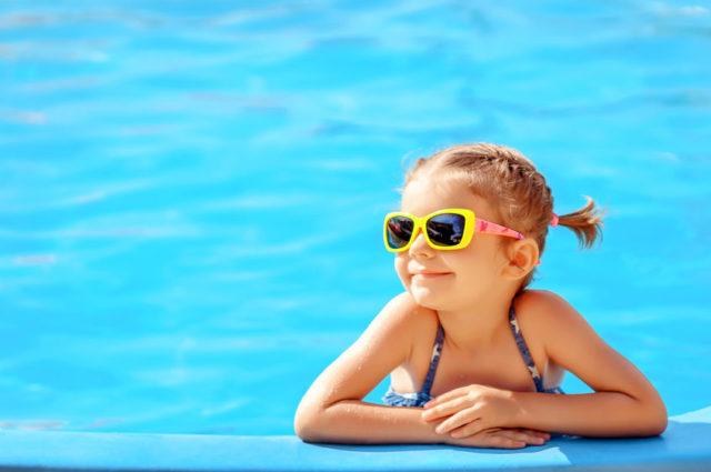 ¿Qué gafas de sol son las más adecuadas para los niños?