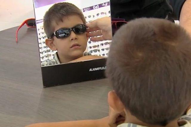 Los expertos alertan sobre los peligros de no proteger del sol los ojos de los niños