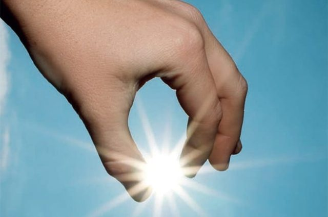 Antes de los 18 años nuestros ojos reciben el 80% de la radiación solar que puede dañar nuestra visión en el futuro