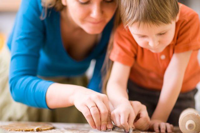 Platos divertidos y saludables para cocinar con tus hijos